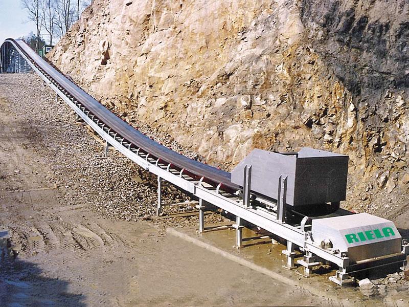 RIELA® Stationary conveying belts