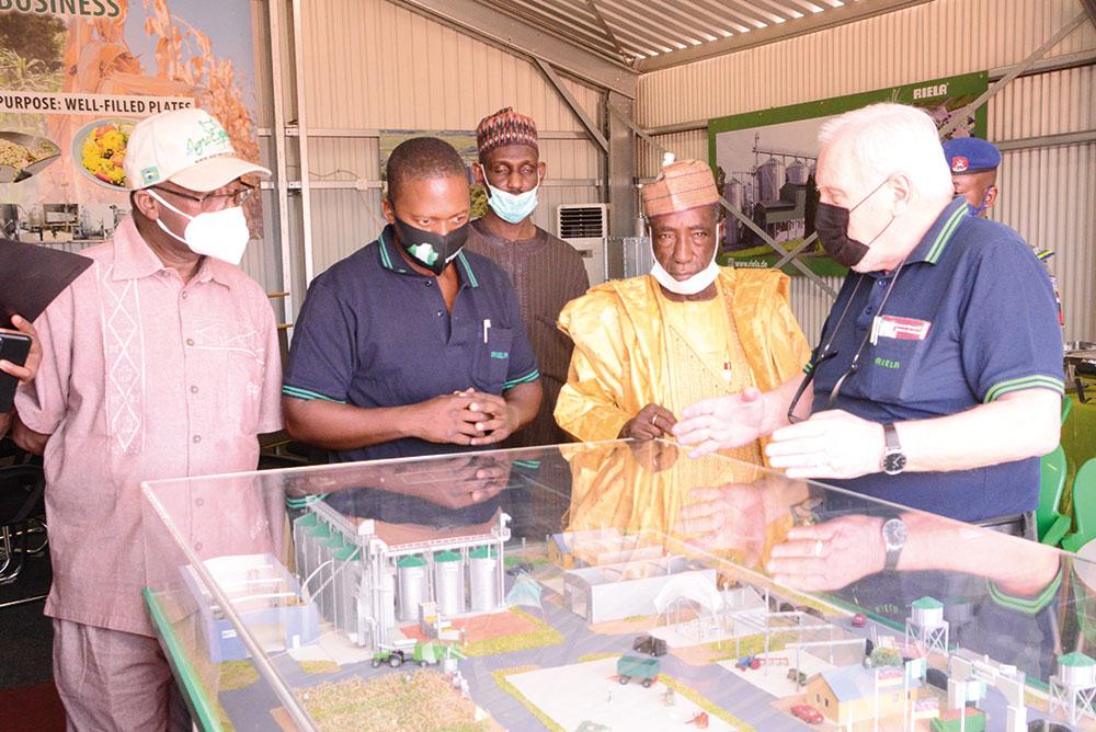 eroeffnung_riela_technology_nigeria_ltd_model